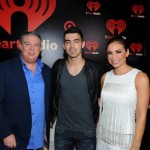 Elvis and Carolina with Joe Jonas - iHeart Radio Music Festival